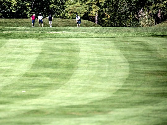 Officials with Moundbuilders Country Club said they are planning to appeal last week's ruling that the Ohio History Connection has the authority to reclaim the 134-acre Octagon Mounds.