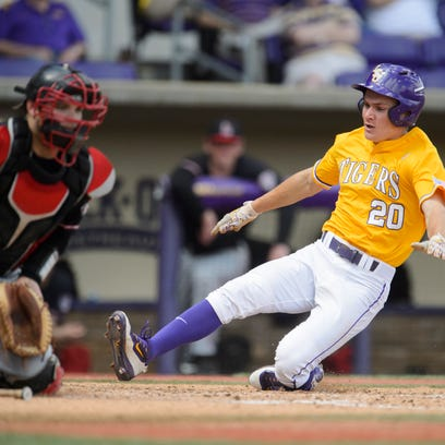 LSU right fielder Antoine Duplantis is tied for the