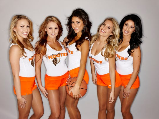 Hooters March Madness