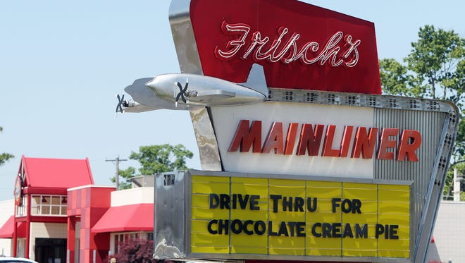 Exterior of the Frisch's Mainliner on Wooster Pike, Fairfax.