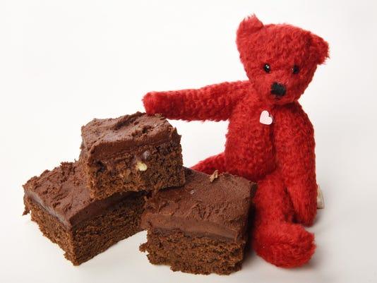 635906126873005043-TCL-brownie-bear-01.jpg