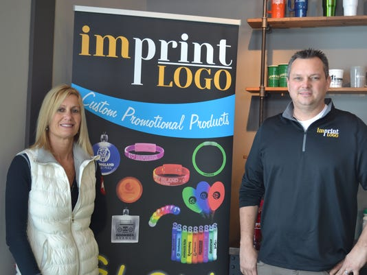 1 imprint logo