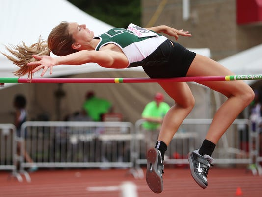 636316546332785714-0603-girls-state-track-MAINBAR-jrw26.JPG