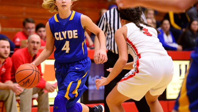 Heidi Marshall had 22 points in Clyde's victory Tuesday.