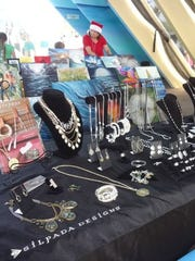 Photos from the previous Holiday Craft Fair at Jeff's Pirate's Cove.