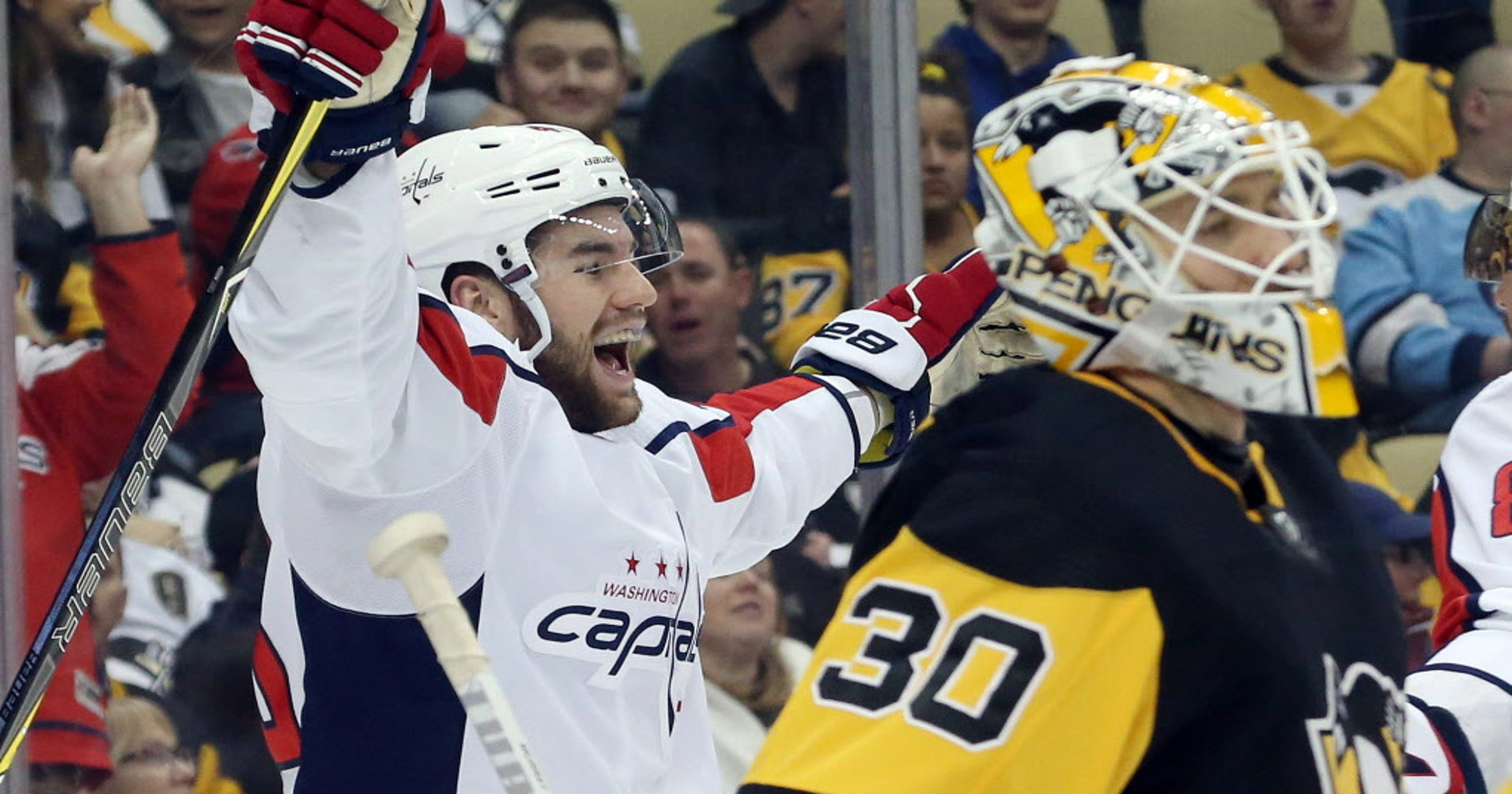 f81aca7542b Washington Capitals clinch division title after win vs. Pittsburgh Penguins