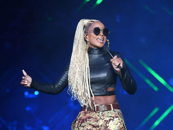 Mary J. Blige performs onstage at the 2017 Essence