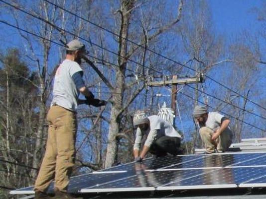 635925179418404663-solar-installation.jpg