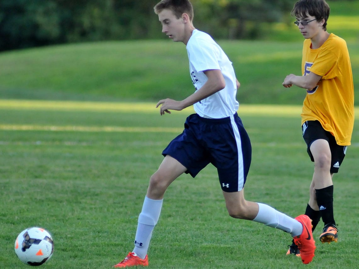 Lancaster's Tyler Wyckoff dribbles during Wednesday's scrimmage against Bloom-Carroll.