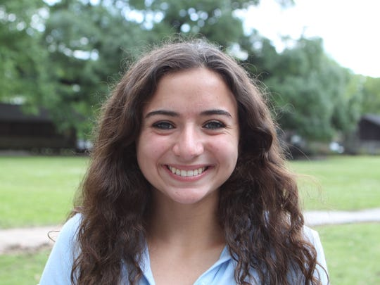 Mary-Elizabeth Menard attends Episcopal School of Acadiana. She will participate in Lafayette Junior Leadership.