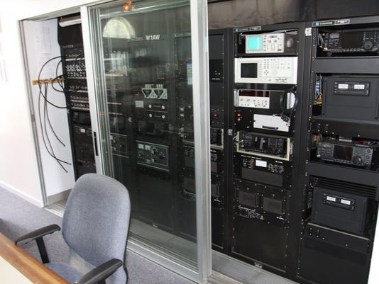 Ham radio 1.jpg