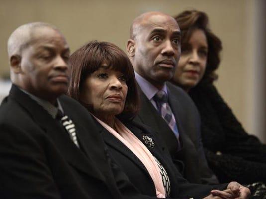 Ernie Banks Death.jpg