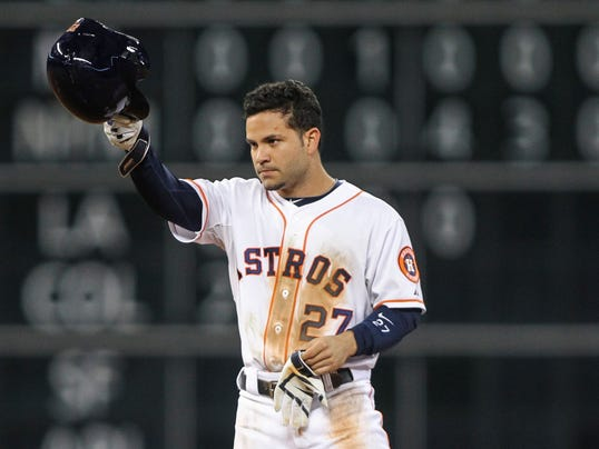 Jose Altuve breaks Biggio's record in Astros' loss