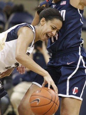 Brianna Kiesel averages 18 points per game to lead Pittsburgh.
