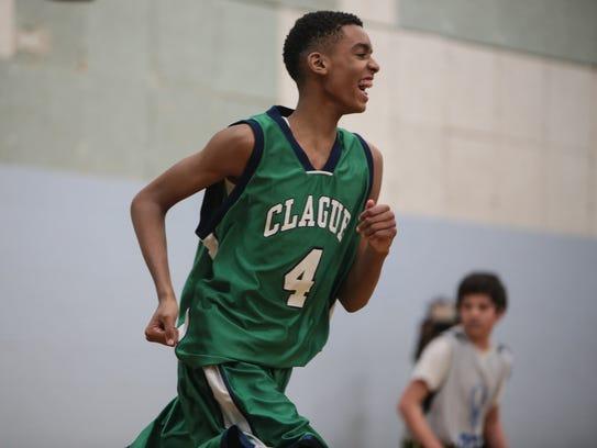 Clague Middle School 7th-grader Emoni Bates runs down