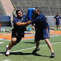 UTEP football's Will Hernandez, fellow Miners work out for NFL scouts