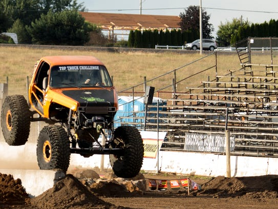 The NW Extreme Truck Challenge & Chicago Racing will