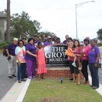 Bethel African Methodist Episcopal Church members visit Call-Collins House