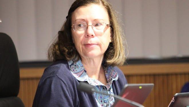 Novi Board of Education Vice President Ann Glubzinski plans to resign effective March 16.