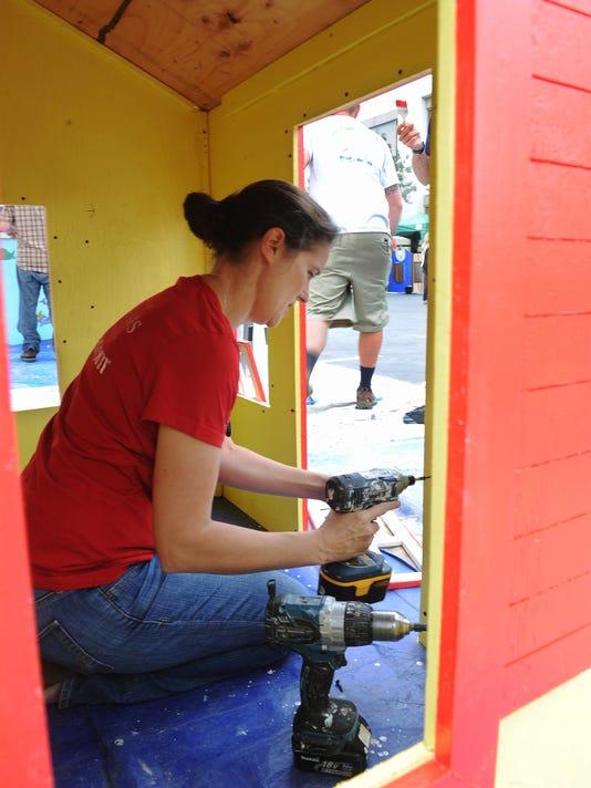 Building playhouses 2