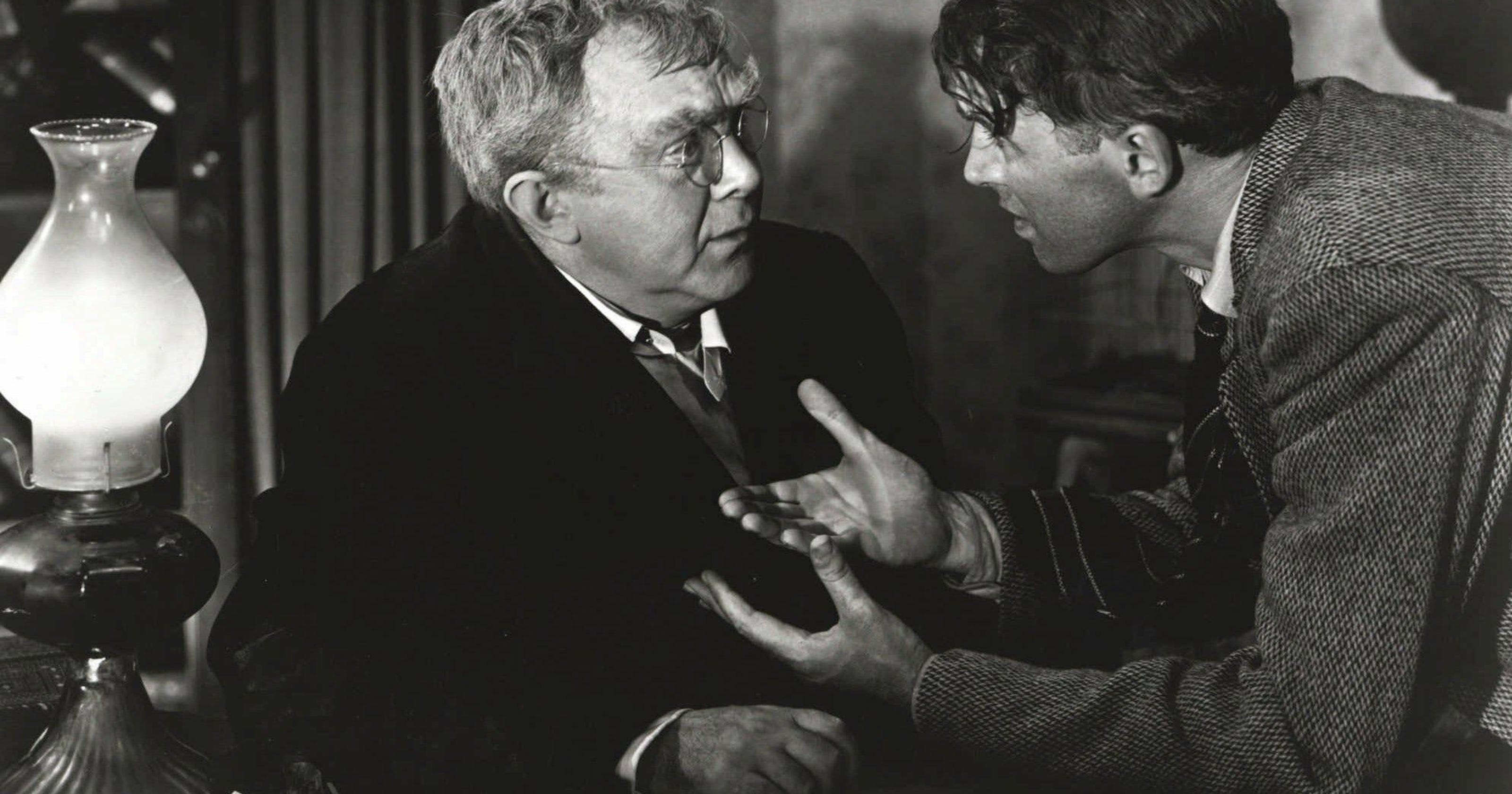 How much money did Uncle Billy lose in \'It\'s a Wonderful Life\'?