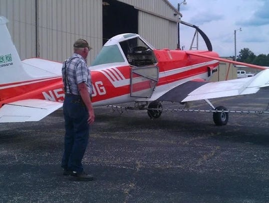 js-0830-plane crash folo.jpg