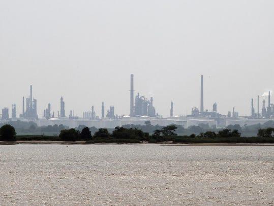 refinery-river