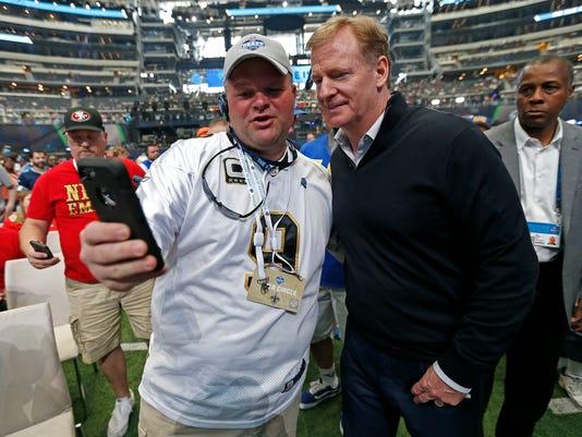 NFL_Draft_Football_33195.jpg