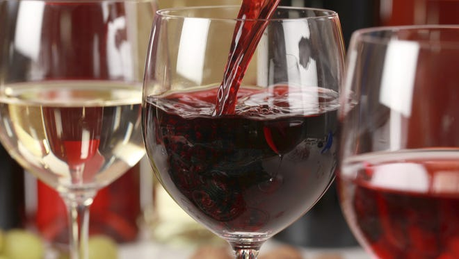 Finger Lakes wineries offer ideas for pairings with Thanksgiving dinners.