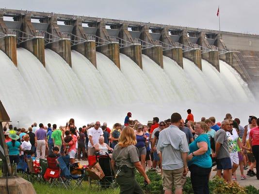 Hartwell Dam water release 2013