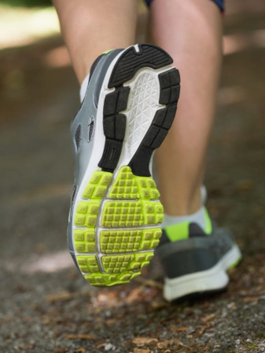 running shoes web 450799481.jpg