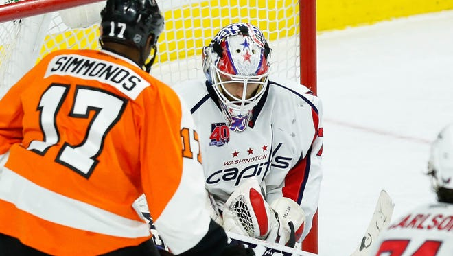 Wayne Simmonds and the Flyers won 3-2 in overtime last time the Capitals came to visit.