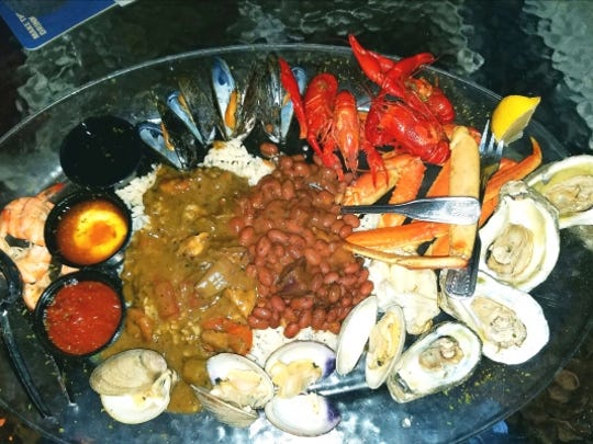 Crawdaddy's New Orleans picnic had snow crab, steamed