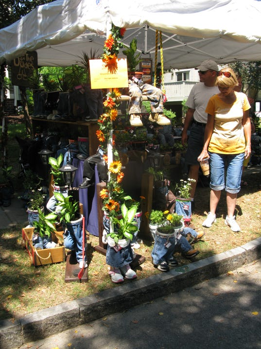 "You want some potted plants with pants?  Exhibitor No. 097 is called ""The Dudes Pant-Planter."""
