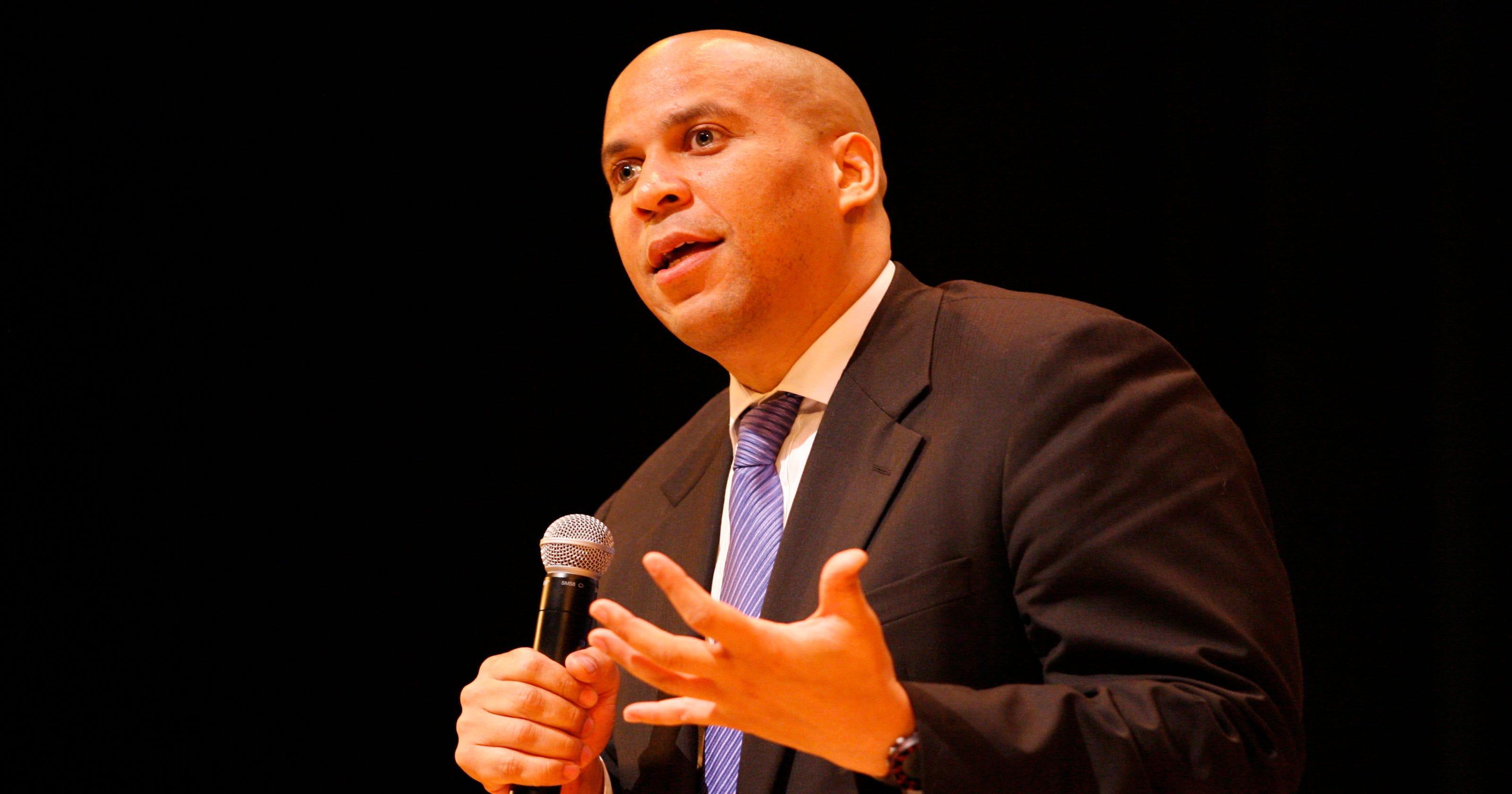 senate hopeful cory booker releases tax returns