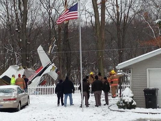 Small plane with 4 aboard crashes in Berrien Springs