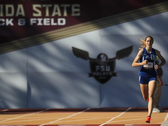 Bolles senior Caitlin Collier races to a US No. 1 national time and new FSU Relays meet record in the 1600.
