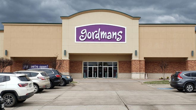 Ardmore's newest business is Godmans which opened its doors Tuesday morning in Ardmore Commons. The off-price department store offers a wide range of merchandise including clothing, home decor and pet accessories.