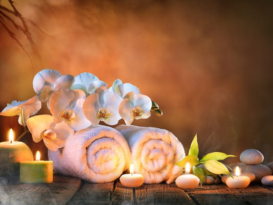 Spa - Couple Towels With Candles And Orchid