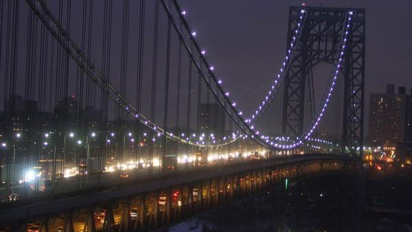 Drivers make their way from Manhattan to New Jersey across the George Washington Bridge during the evening commute Dec. 17, 2013. ( Seth Harrison / The Journal News )