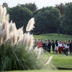 China swings back at golf, shutting down 111 courses