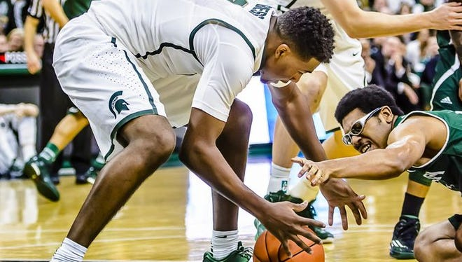 MSU freshman Javon Bess made his debut Wednesday, scoring a point and grabbing five rebounds in nine minutes.