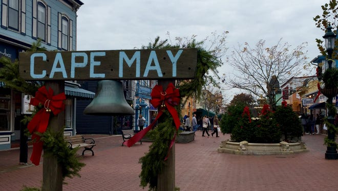 The Washington Street Mall, a pedestrian mall for Christmas shopping and dining in Cape May./