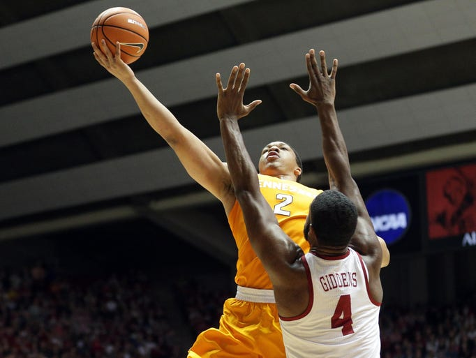 Feb 10, 2018; Tuscaloosa, AL, USA; Tennessee Volunteers