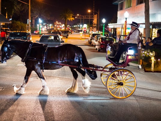 CARRIAGE RIDES IN DOWNTOWN STUART