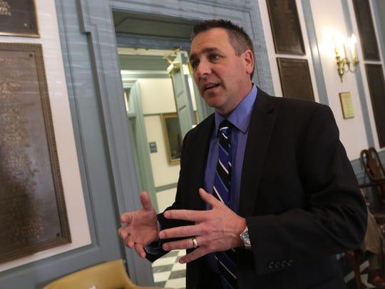 Delaware Fraternal Order of Police President Fred Calhoun speaks at the Statehouse in Dover.