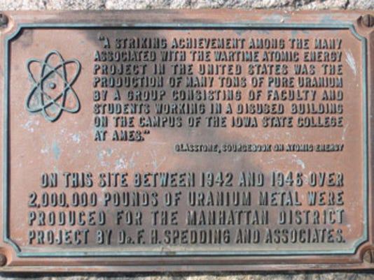 34-02 B Uranium rock plaque.jpg