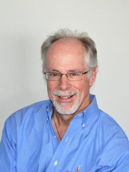 Steve Bornhoft 2014-200dpi.jpg