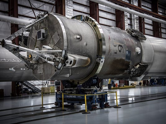 spacex-booster-051716