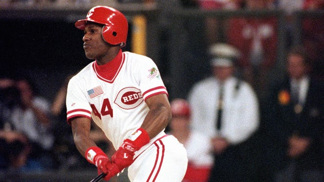 Eric Davis in Game 2 of the 1990 World Series.